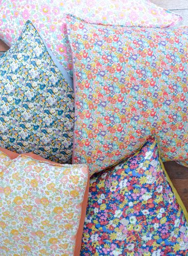 Liberty + Linen Envelope Cushion Cover Tutorial
