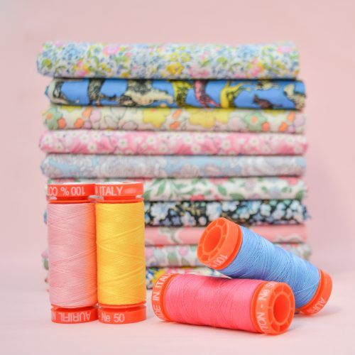 Aurifil Thread Bundle – December