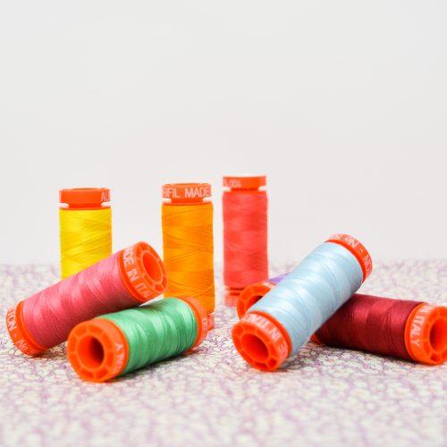 Aurifil Thread Bundle – Lucky Dip Rainbow