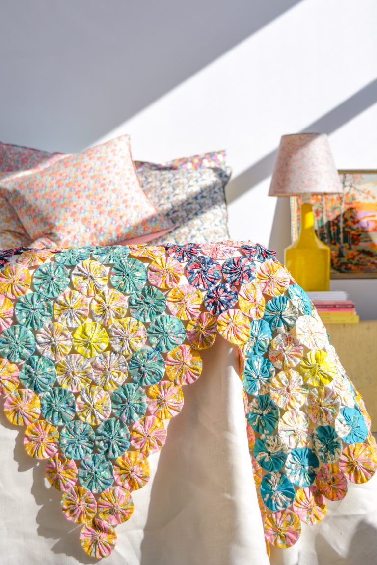 Introducing our Yoyo Coverlet Pattern!